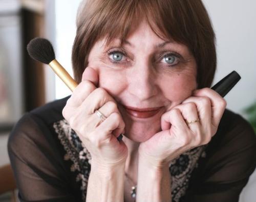 makeup application tips www.timelessbeauties.ca