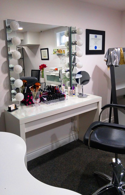 Timeless Beauties, Studio by Jacqueline is an in-home private beauty studio providing beauty services to women 40+.